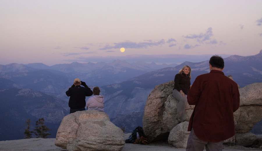 Yosemite Tours: Full Moon Tour - Sentinel Dome